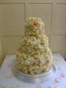 white chocolate rose wedding cake