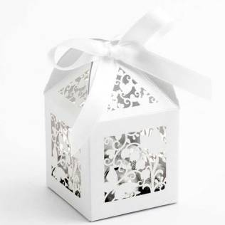 white-butterfly-filigree-favour-box
